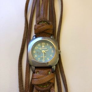 Accessories - Silpada classy leather banded watch